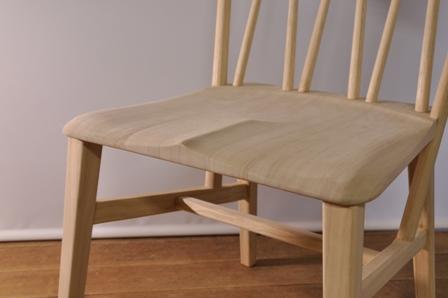座面 桐 椅子